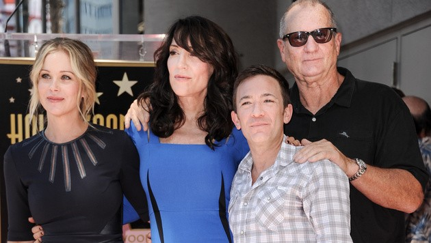 "Die ""Bundys"": Christina Applegate, Katey Sagal, David Faustino und Ed O'Neill (Bild: Richard Shotwell/Invision/AP)"