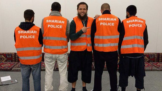 (Bild: facebook.com/Shariah-Polizei-Germany)