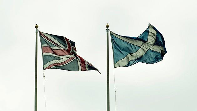 Gehen Schottland und Großbritannien bald doch getrennte Wege? (Bild: APA/EPA/FACUNDO ARRIZABALAGA)