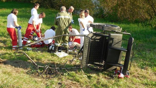 Die Einsatzkräfte kämpften um das Leben des Unfallopfers - leider vergeblich. (Bild: LPD Burgenland)