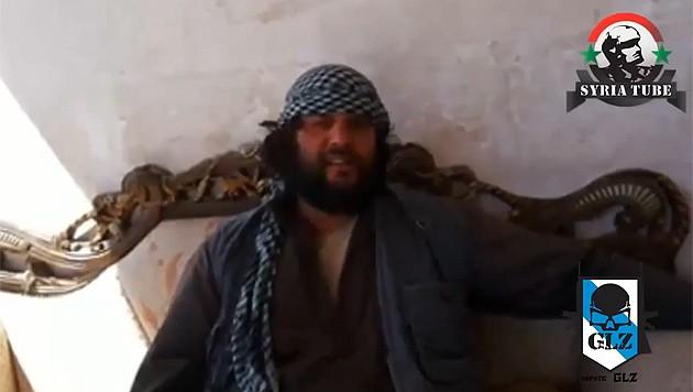 """""""Wir werden Spanien zurückerobern"""", zeigt sich dieser ISIS-Kämpfer überzeugt. (Bild: YouTube.com/Syria Tube)"""