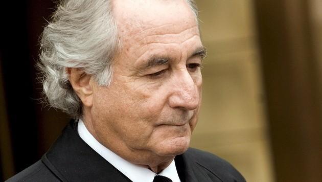 Der US-Finanzbetrüger Bernhard Madoff wurde 2009 zu 150 Jahren Haft verurteilt. (Bild: JUSTIN LANE/EPA/picturedesk.com)