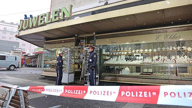 Raubüberfall auf einen Juwelier in der Wiener Favoritenstraße (Bild: Martin A. Jöchl)