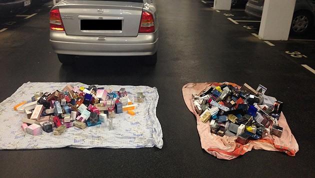 Die Täter stahlen hochpreisige Parfums (Symbolfoto). (Bild: LKA NÖ)