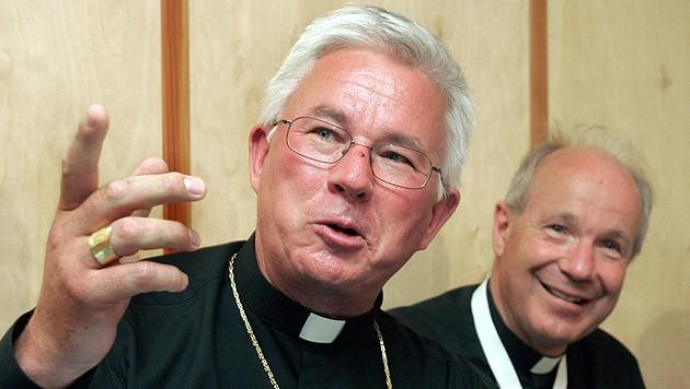 Visitator Franz Lackner (li.) mit Kardinal Christoph Schönborn (Bild: APA/Herbert Pfarrhofer)