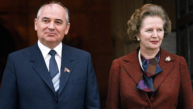 Gorbatschow mit der Thatcher (Bild: AP)