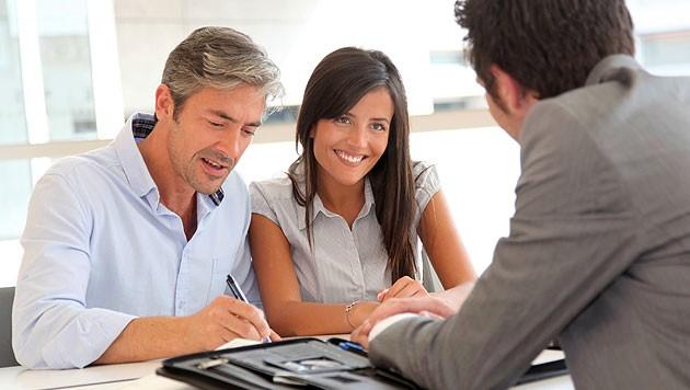Bei der Suche nach Krediten sollte man auf professionelle Institute und Beratung setzen (Symbolbilder). (Bild: thinkstockphotos.de)