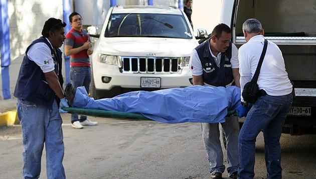 Mexiko Kartell Brücke.Mexiko Kartell Knüpft Sechs Leichen An Brücke Auf Krone At