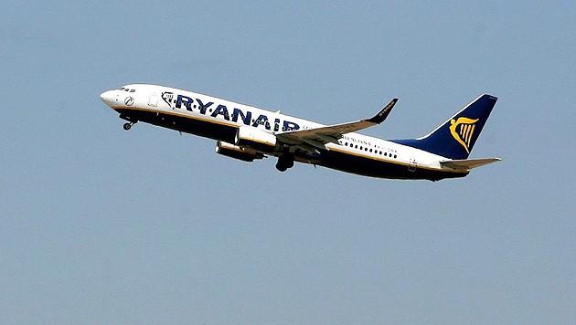 Die Ryanair-Maschine hob schließlich ohne die betrunkene Frau ab. (Bild: EPA)